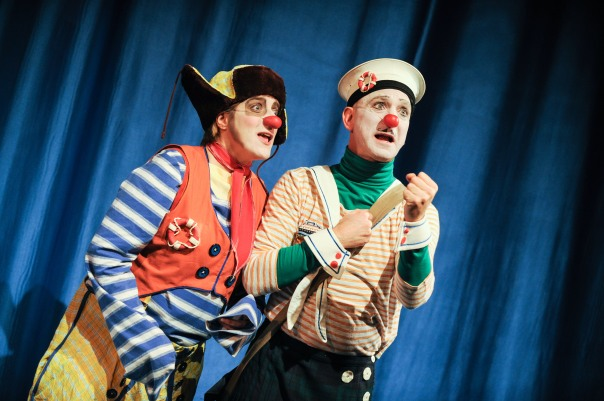 Margo MacDonald and Scott Florence as Pommes and Restes.